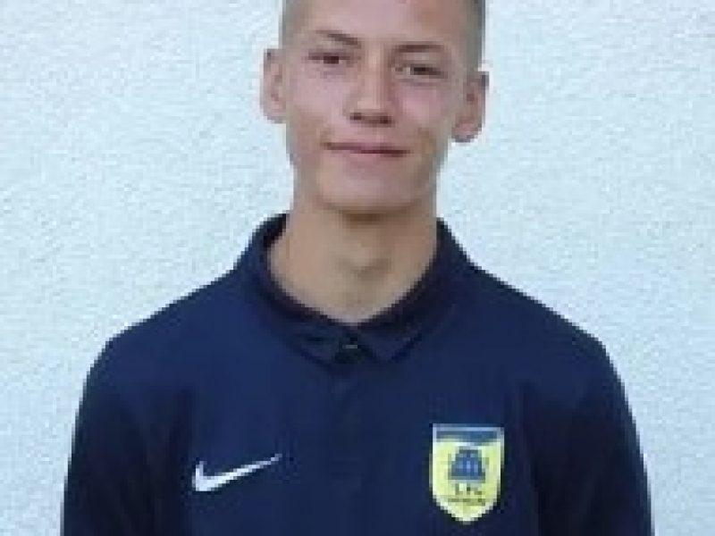 Leon Dienstknecht